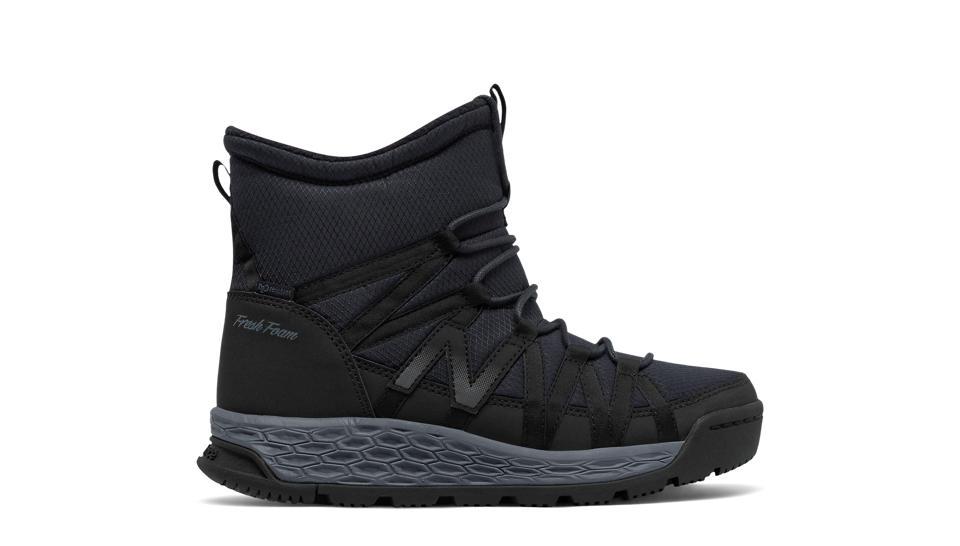 New Balance BW2000v1 Womens Black/Black U826941JD Boots