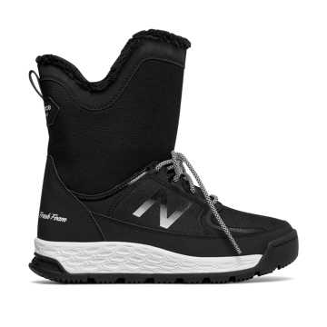 New Balance Fresh Foam 2100 Boot, Black with White