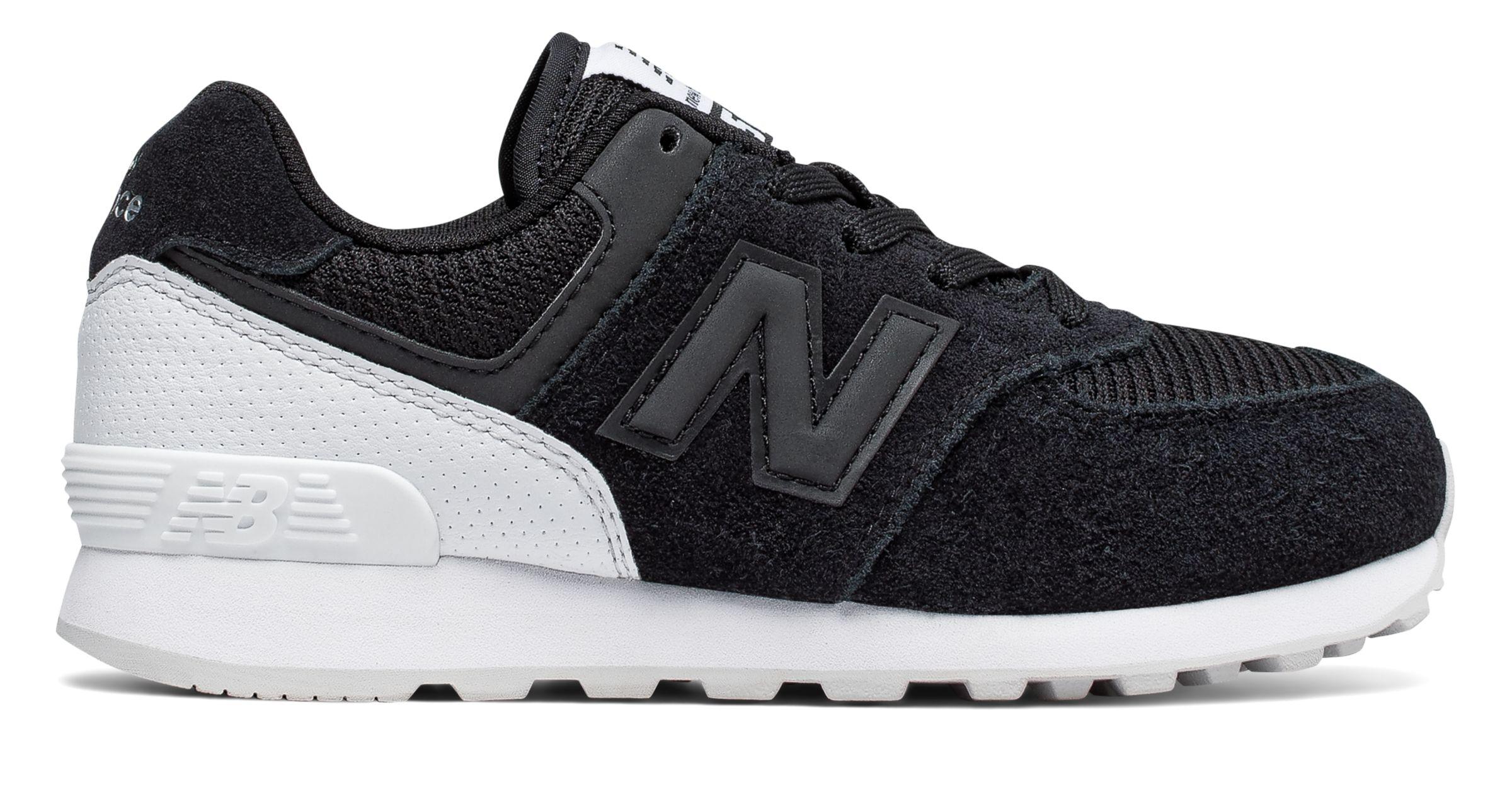 NB 574 New Balance, Black with White