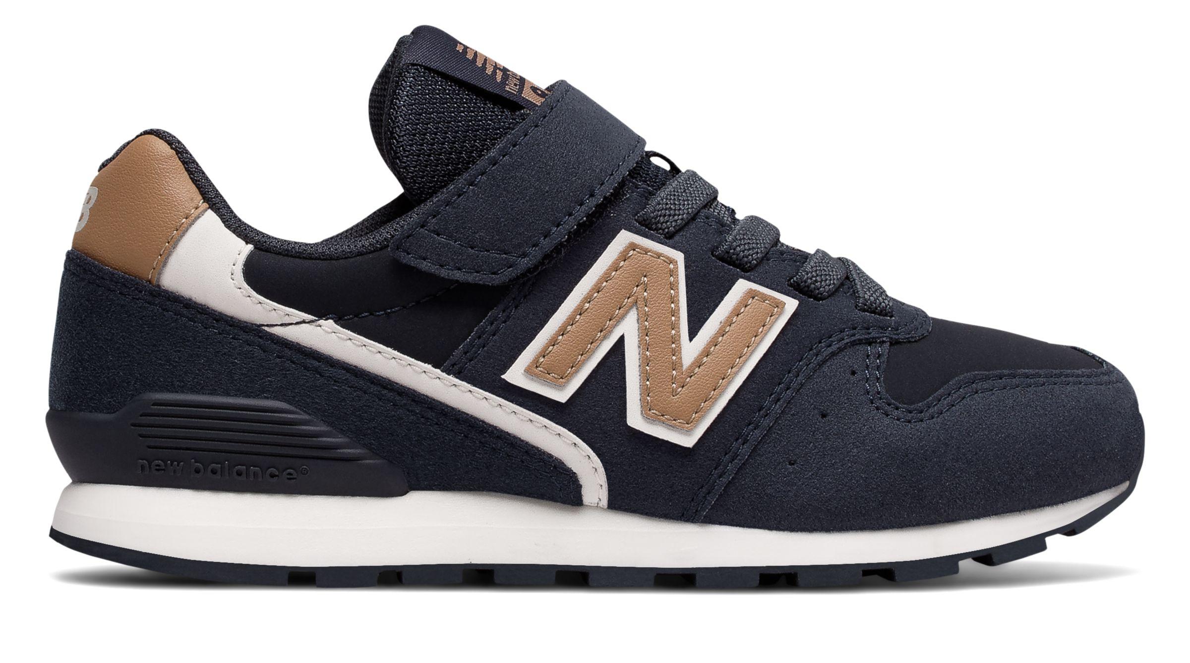 NB New Balance 996v2, Navy with Beige