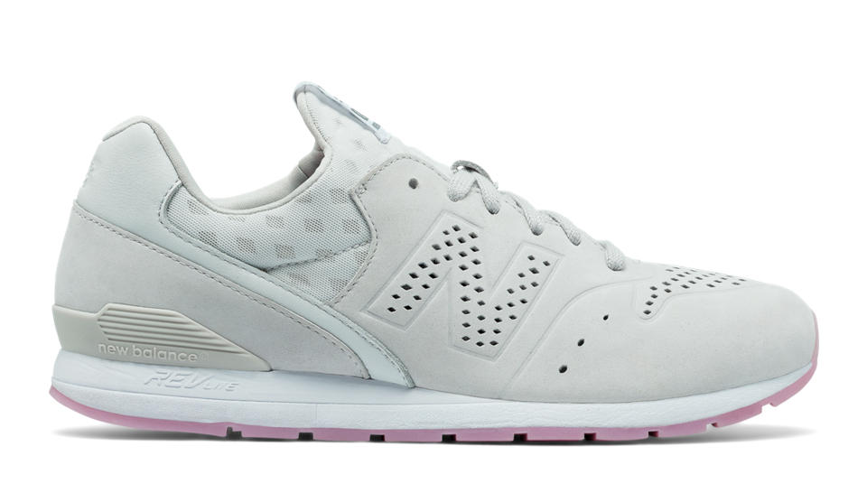 new balance white sneaker