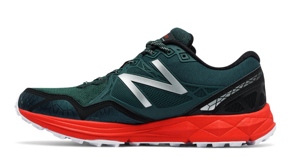 New Balance 910v3 Gore Tex, Chaussures de Trail Femme, Noir