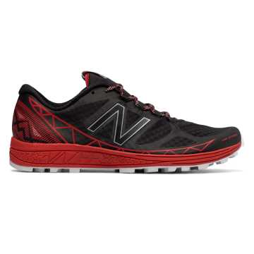 New Balance Vazee Summit Trail, Black with Red