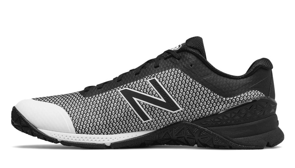 NB Minimus 40 Trainer, Black with White