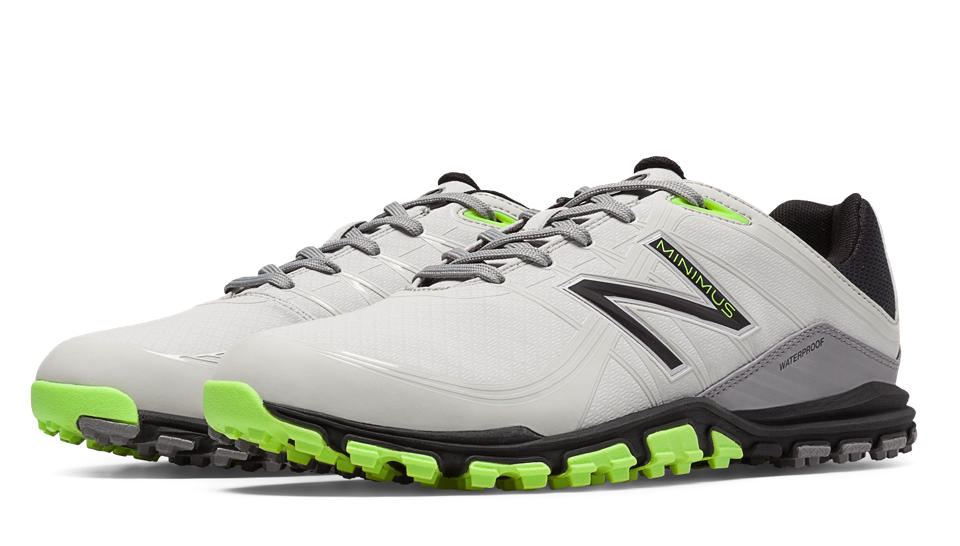 Inspired by the classic sneaker, this men's golf shoe combines New Balance comfort, durability and style with golf-specific technologies designed to enhance traction, stability, and ultimately, your game/5().