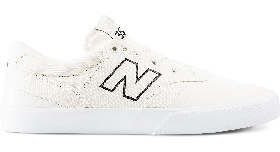 NB Arto 358, Cloud White with Black