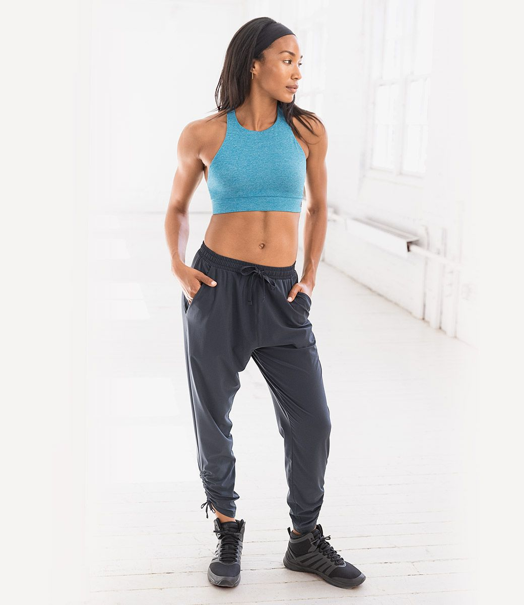 New Balance US Womens April Studio Primary Look,