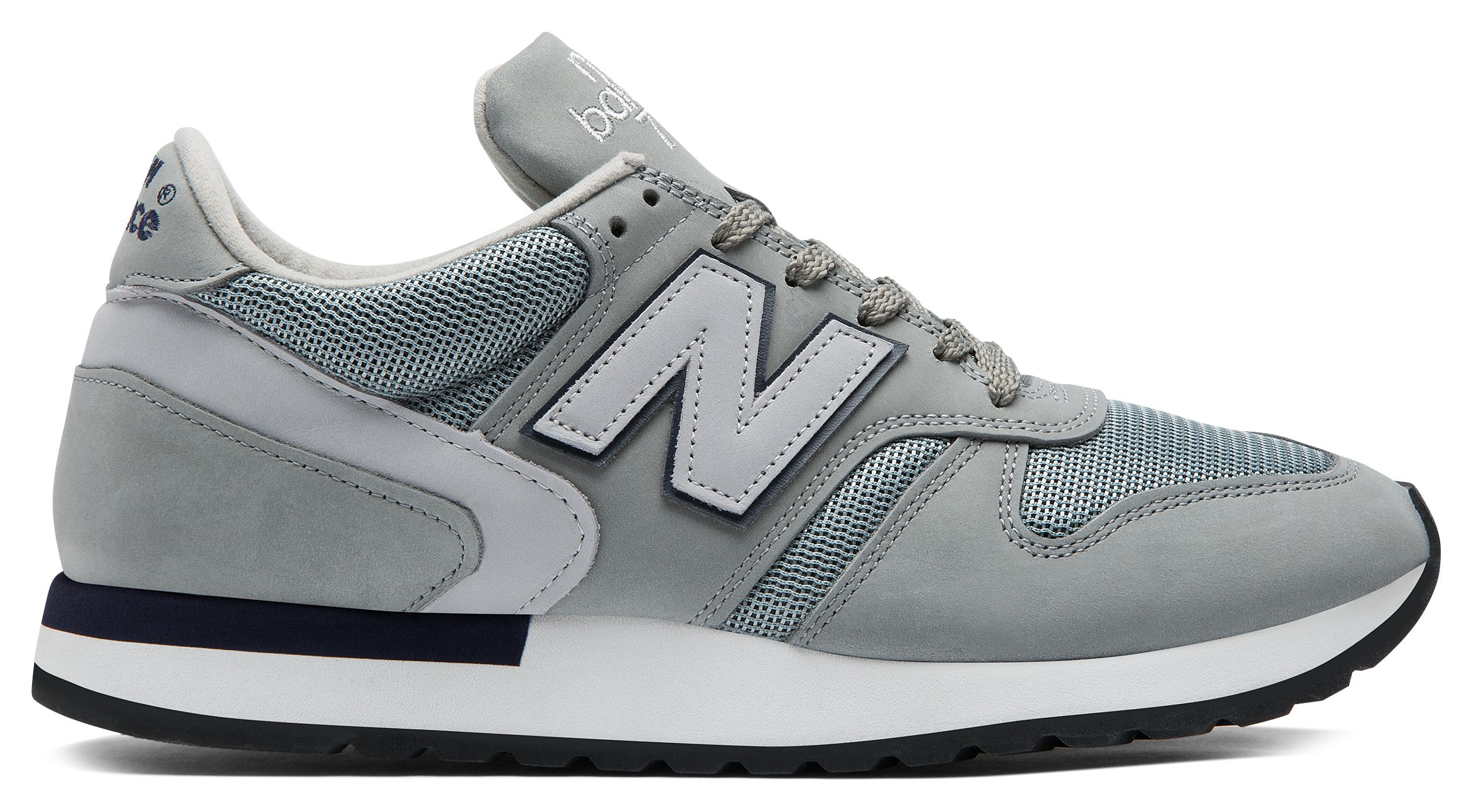 NB 770 Made in UK Suede, Grey with Palm Print