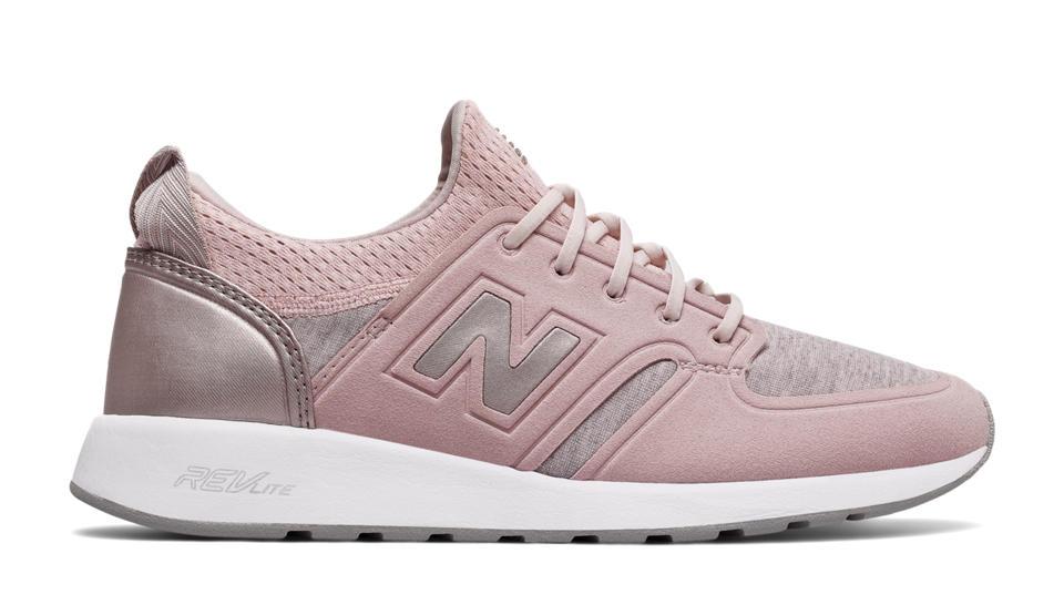 women 39 s 420 revlite slip on classic shoes new balance. Black Bedroom Furniture Sets. Home Design Ideas