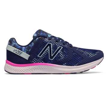 New Balance 女子训练跑鞋 Vazee Transform Graphic Trainer, 藏青色