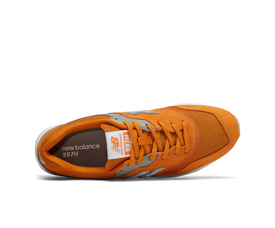 Silver Gold New Balance | Shoelicious | Pinterest | New