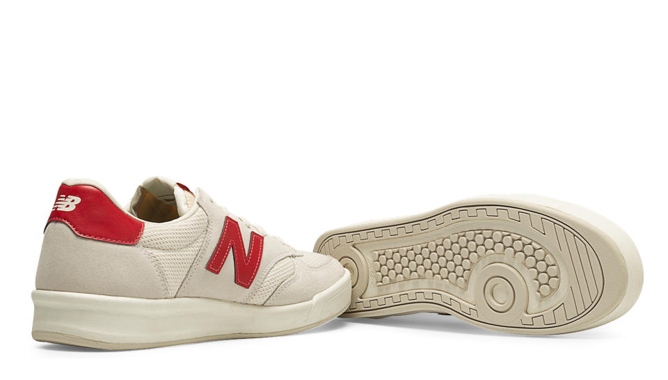 NB 300 Vintage, White with Red