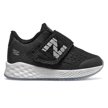New Balance Hook and Loop Fresh Foam Zante Pursuit, Black with Silver