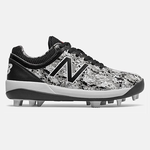 Wide Baseball Cleats