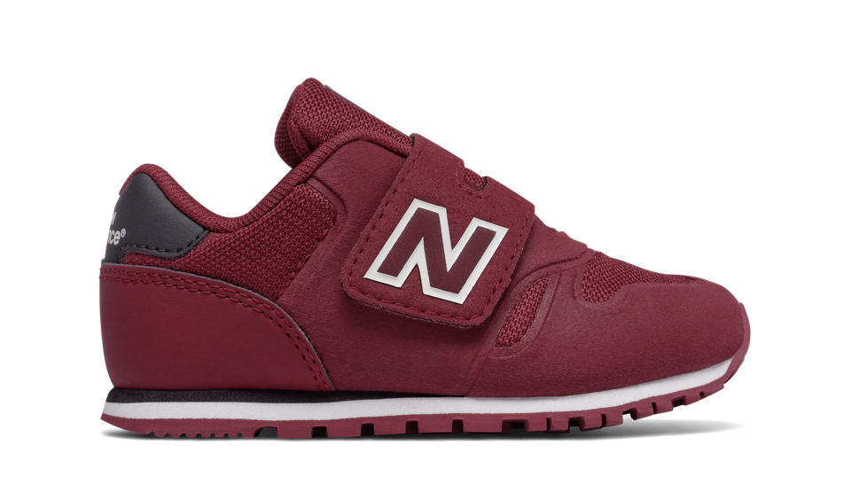 new balance 373 black and red