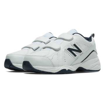 New Balance New Balance 624v2, White with Navy