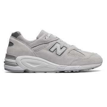 New Balance 990v2 Winter Peaks, Nimbus Cloud with Silver