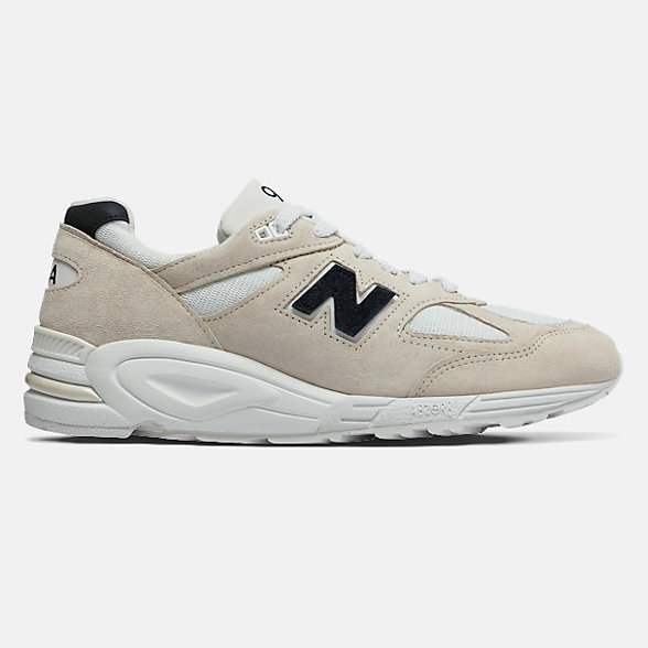 NB Made in US 990v2, M990WE2