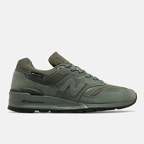 New Balance New Balance x SuperFabric联名款997系列男款复古休闲鞋, M997NAL