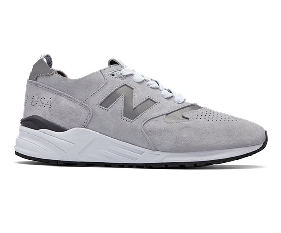 official photos 5a40e 7983b NB 999 Made in US, Grey with White