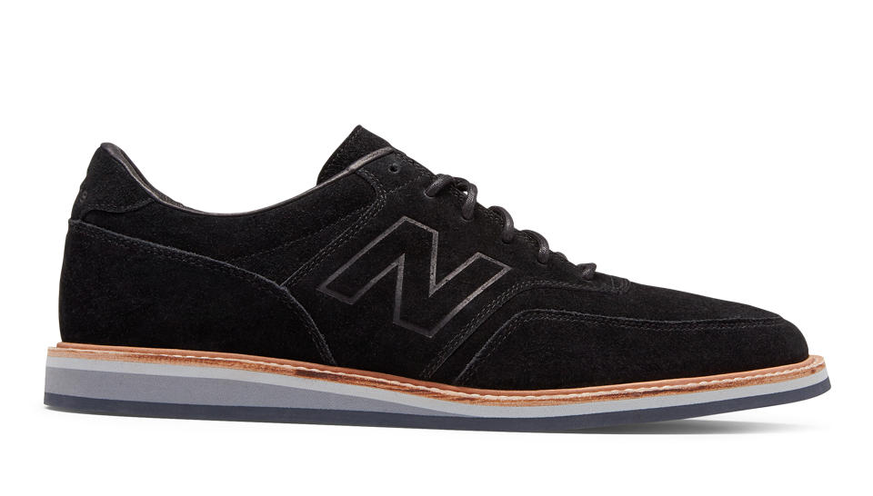 New Balance Men\u0027s Hook and Loop Leather 928v3, Black