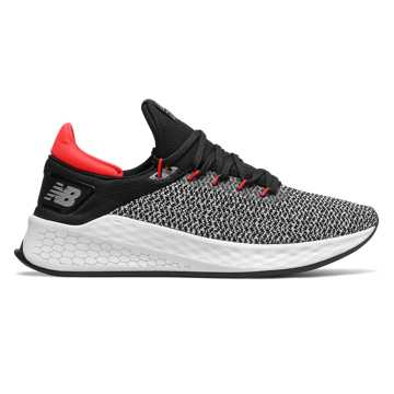 New Balance FreshFoam Lazr v2男款跑步鞋 快速回弹, 黑色/白色