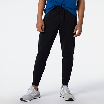 New Balance NB Essential Sweatpant, MP11504BK image number null