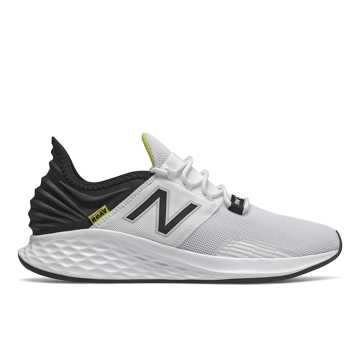 New Balance Fresh Foam Roav, White with Black