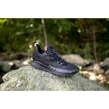 New Balance Fresh Foam Hierro v5, Black with Moonbeam