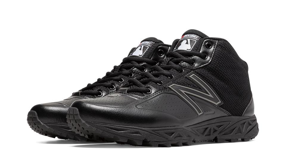New Balance Men's MU950 Umpire Shoes