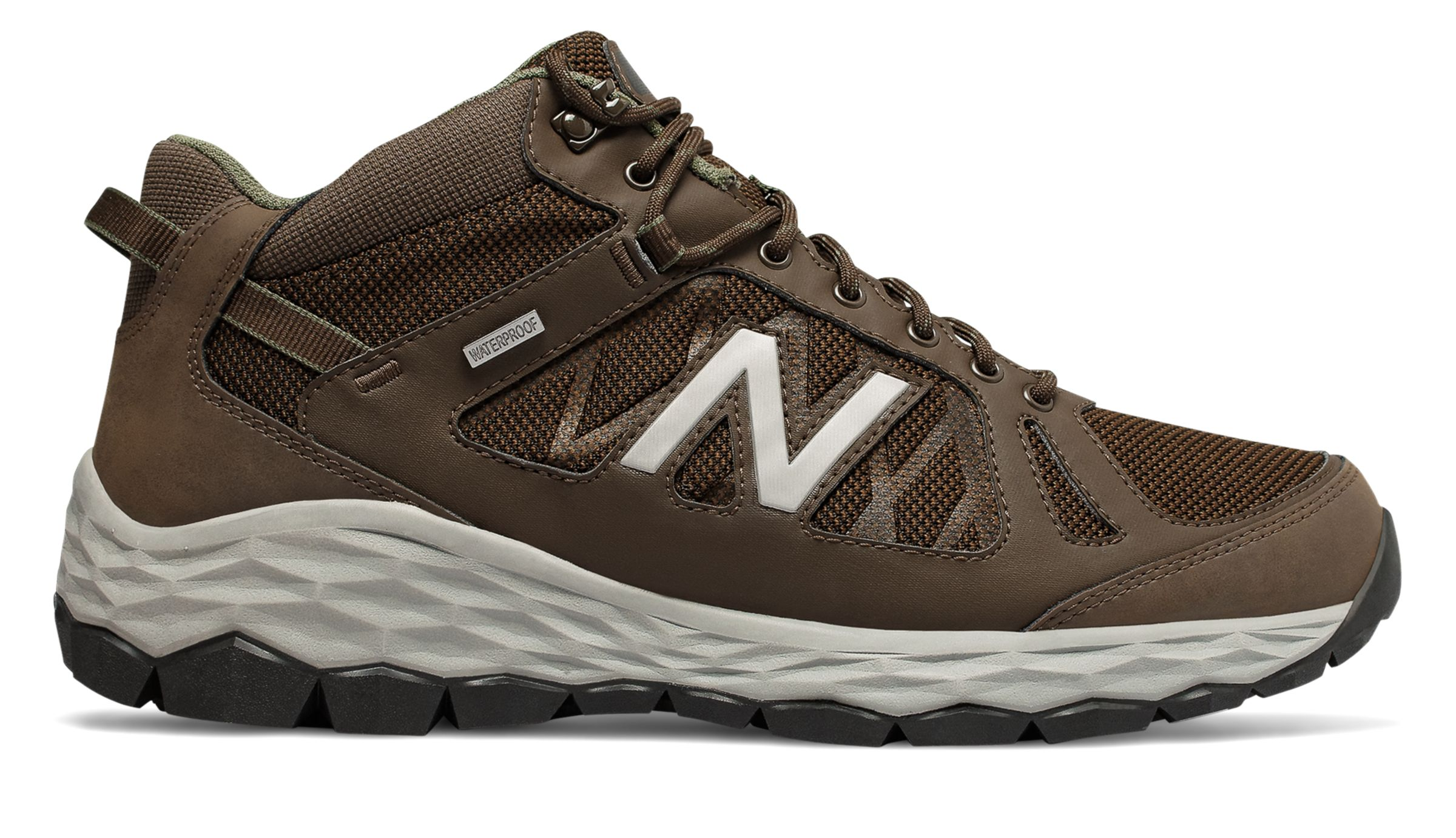 new balance men boots