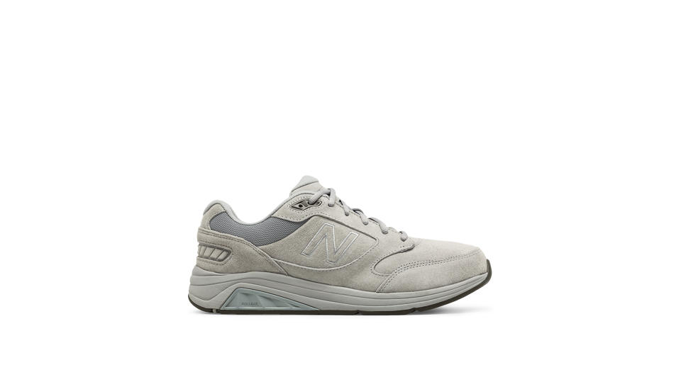 New Balance Runnning Or Walking Shoes In Narrow