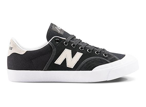 New Balance Numeric NM 212, BWE black-white, 7,5