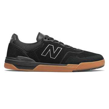 New Balance 913, Black with Gum