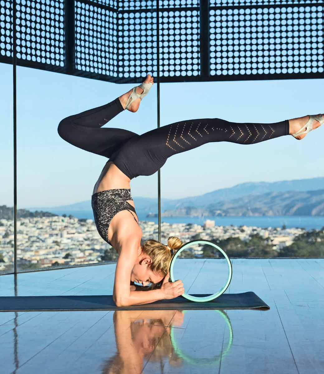 New Balance US Womens Studio Look,