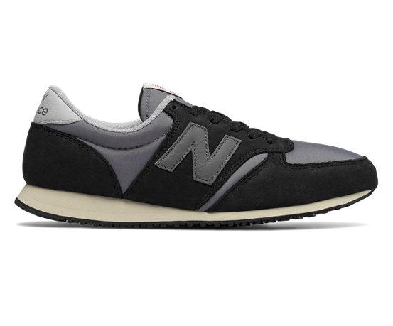4525b0d52b3c8 Unisex Shoes Taglie   Vestibilità