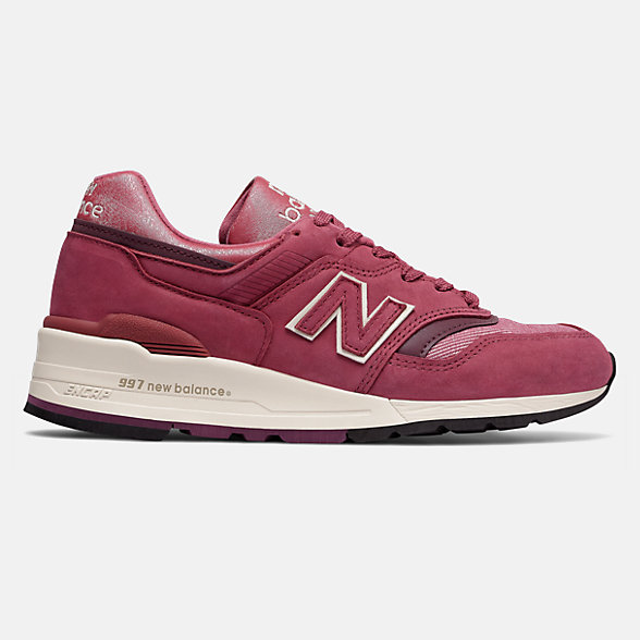 NB Made in US 997 The Retrospective Woman, W997ER