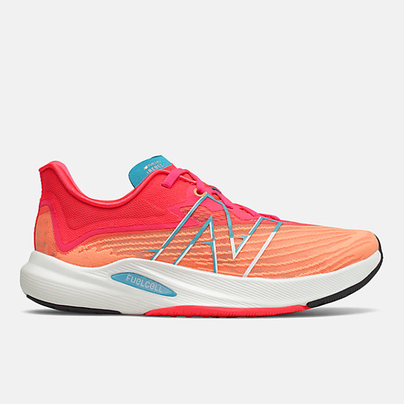 New Balance FuelCell Rebel v2女款跑步运动鞋, WFCXLM2