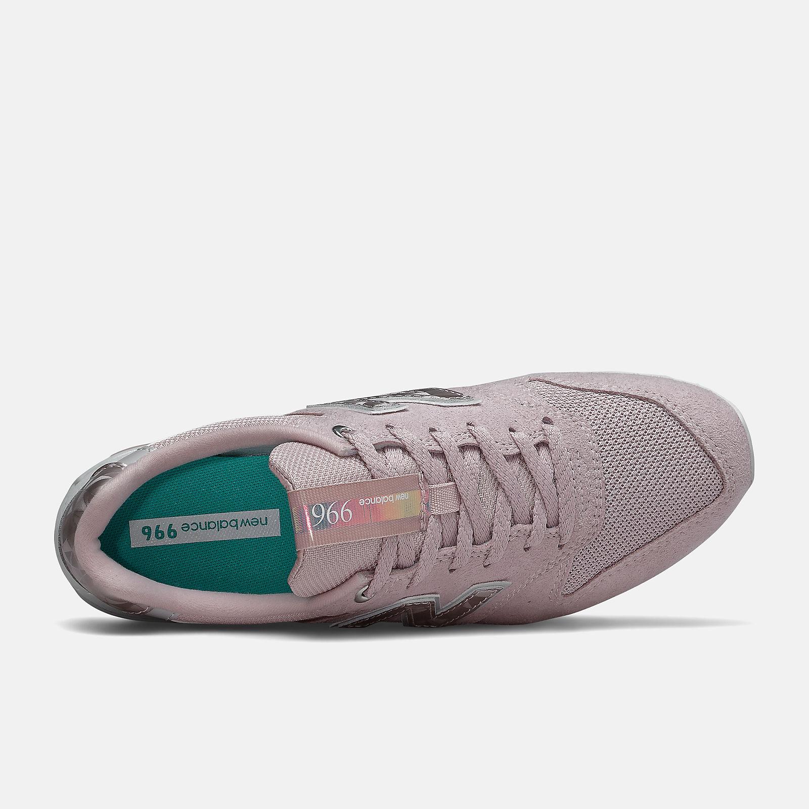 new balance 996 gris y rosa