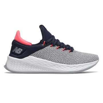 New Balance FreshFoam Lazr v2女款跑步鞋 快速回弹, 灰色