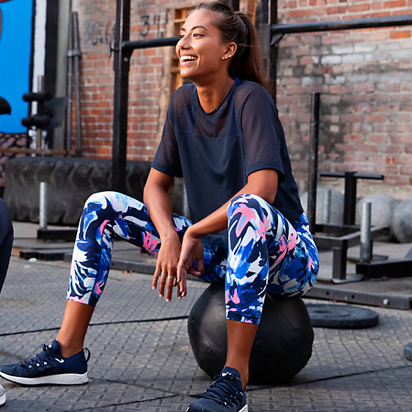 New Balance 女款运动健身紧身裤, WP83115NML
