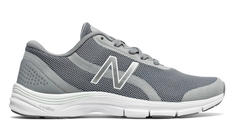 new balance wx711 cross trainers