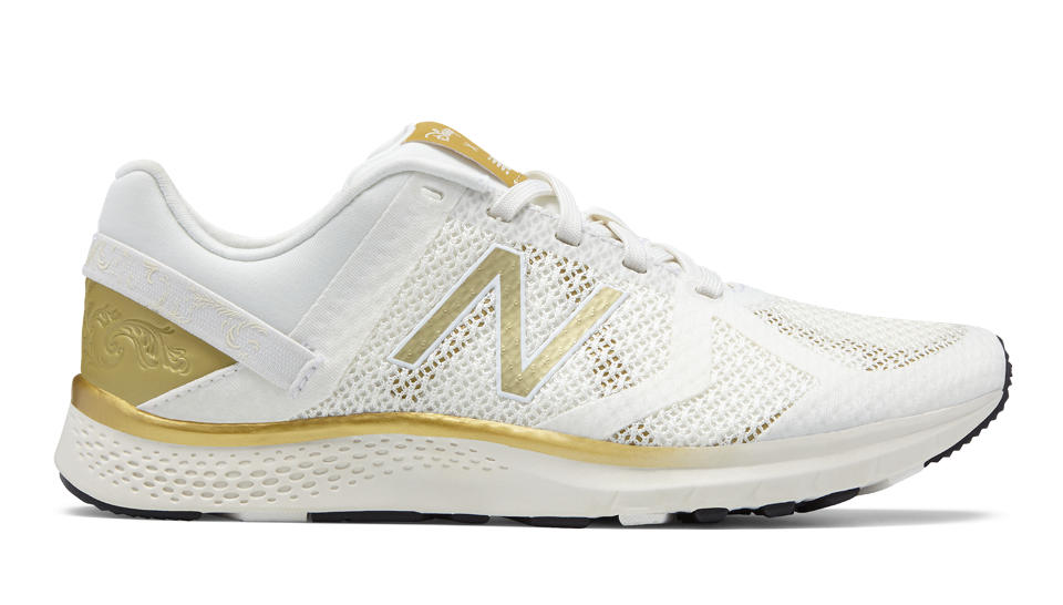 New Balance Vazee Transform Disney Trainer Sea Salt/Gold